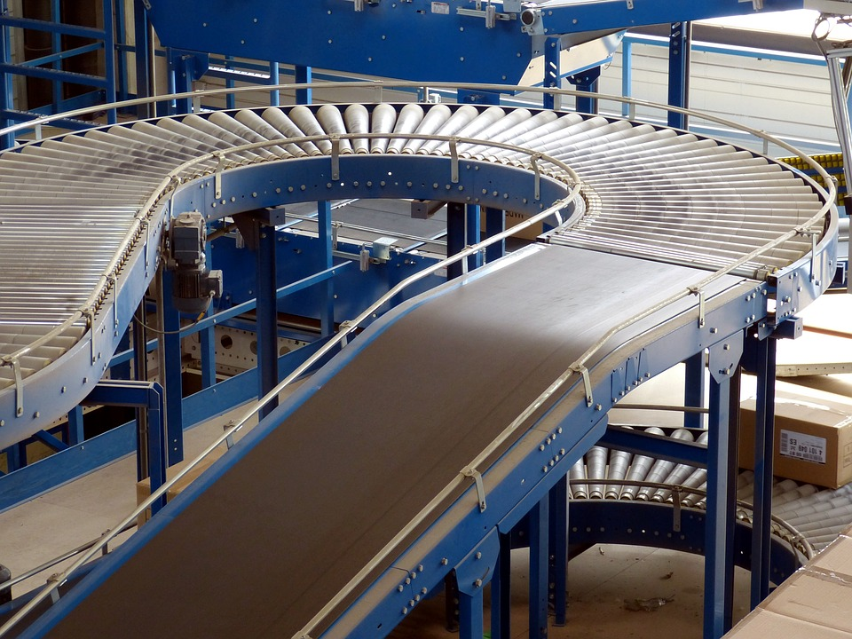 who invented the first conveyors?