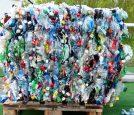 plastic-bottles-115069_960_720
